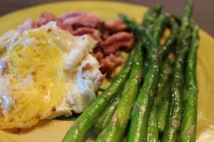 Pulled Pork, Fried Egg, Asparagus, Paleo Breakfase